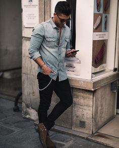 Style by @kosta_williams Via @gentwithstreetstyle Yes or no? Follow @mensfashion_guide for dope fashion posts! #mensguides #mensfashion_guide