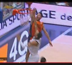 Liga ACB: un dunk de Van Rossom face au Real Madrid - video
