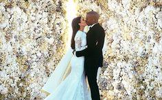 kim kardashian and kanye west wedding photos - Yahoo Image Search Results Kim Kardashian Kanye West, Kim Kardashian Wedding, Kim And Kanye, Kardashian Fashion, Kardashian Photos, Kardashian Jenner, Kourtney Kardashian, Bridal Musings, Celebrity Wedding Dresses