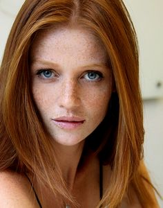 Cintia Dicker, freckles won't never be the same Cintia Dicker, Beautiful Red Hair, Gorgeous Redhead, Fire Hair, Red Hair Woman, Photo Portrait, Jolie Photo, Ginger Hair, Freckles