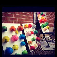 Kids project- canvas + paint balloons....this looks like fun. @Shannon Bellanca Hunter @Danielle Lampert Baldwin