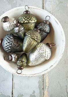 pretty acorn ornaments
