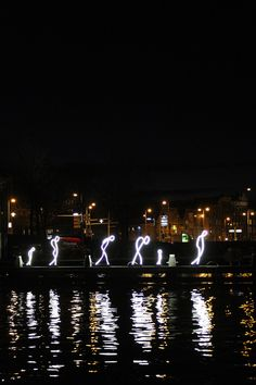 I sailed on an open barge AND got to see Princess Beatrix at the 2015 edition of the amazing Amsterdam Light Festival - you really don't want to miss out! Light Art Installation, Street Installation, Art Installations, Sculpture Art, Metal Sculptures, Abstract Sculpture, Bronze Sculpture, Light Painting, Painting Art