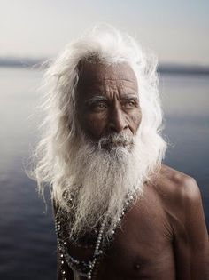 Portrait de Shiv Ji Tiwari I- nde  © Joey L. Varanasi