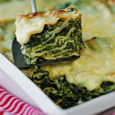 Winter Green Lasagna Recipe on Yummly. Veggie Recipes, My Recipes, Italian Recipes, Vegetarian Recipes, Favorite Recipes, Recipies, Dinner Recipes, Dark Green Vegetables, Farmers Market Recipes