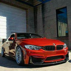 BMW M4... Yolların delisi... H.t@n.