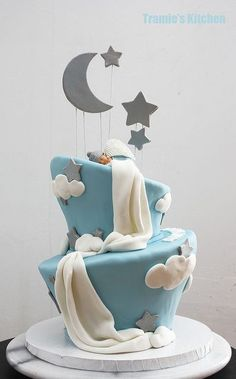baby shower cake topsy turvy wonky stars and moon