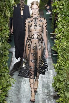 Le défilé Valentino haute couture automne-hiver 2014-2015