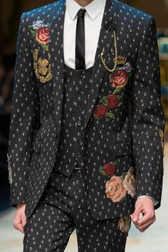 DOLCE AND GABBANA FALL WINTER 2016  MILAN FASHION WEEK  RUNWAY MAN | ZsaZsa Bellagio - Like No Other