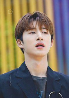 I miss you hanbin 😭 Yg Ikon, Kim Hanbin Ikon, Ikon Kpop, Bobby, Ikon Leader, Ikon Debut, Yg Entertainment, New Kids, Korean Boy Bands