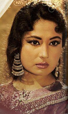 Meena Kumari, from Pakeezah