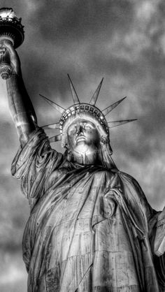 Statue of Liberty, New York City | Get Hotel Rates in NY!