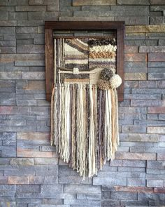 Woven wall hanging por Telaresyflecos en Etsy Source by Weaving Textiles, Weaving Art, Tapestry Weaving, Loom Weaving, Hand Weaving, Weaving Wall Hanging, Tapestry Wall Hanging, Wall Hangings, Types Of Weaving