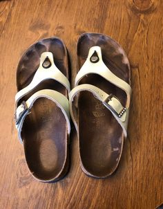 Papillo by birkenstock on Mercari Birkenstock Sandals, Birkenstock Mayari, Women's Sandals, Unisex Fashion, Flip Flops, Shoemaking, Footwear, Heels, German