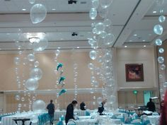 Clear balloons party decorations for under the sea party, mermaid birthday, party back drop, photo booth. Little Mermaid Birthday, Little Mermaid Parties, The Little Mermaid, Little Mermaid Decorations, Little Mermaid Wedding, Mermaid Birthday Party Decorations Diy, Ocean Party Decorations, Little Mermaid Centerpieces, Table Decorations
