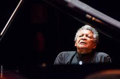 Abdullah Ibrahim, piano solo. Teatro Verdi, venerdì 15 novembre - scatto di Michele Giotto
