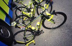 Tinkoff Saxo @tinkoff_saxo Team leader @majkaformal's setup for the diverse stage 13 at #LV2015 with @velolook Keo Blade for the fast sections! pic.twitter.com/I8ijdJbB0T