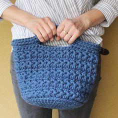 オリジナルボックス入のかわいい編み物キットの販売や編み方ワークショップを京都の町家で行っているイトコバコのサイトです。