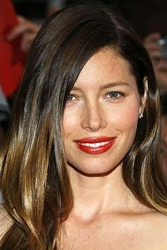 a more subtle ombré on Jessica Biel