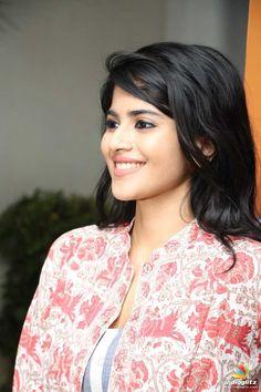Megha Akash Bollywood Actress Hot, Beautiful Bollywood Actress, Most Beautiful Indian Actress, Beautiful Actresses, Indian Actress Gallery, Tamil Actress Photos, South Indian Actress, Arab Actress, Cute Beauty