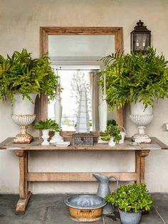 Outdoor Rooms: the style saloniste: The Collectors: Patrick Wade . Outdoor Rooms, Outdoor Living, Outdoor Decor, Tables Tableaux, Outdoor Mirror, Outdoor Console Table, Trestle Table, Wood Table, Grand Art