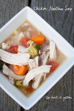 Chicken Noodless Soup Add Ginger and Tumeric for even more cold fighting power Primal Recipes, Soup Recipes, Whole Food Recipes, Cooking Recipes, Healthy Recipes, Detox Recipes, Paleo Meals, Vegetarian Cooking, Free Recipes