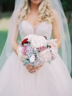 Floral-filled Texas summer wedding: Photography: Julie Paisley -  Read More on SMP: http://www.stylemepretty.com/texas-weddings/montgomery/2016/01/19/floral-filled-texas-summer-wedding/