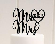 Wedding Cake Topper, Mr and Mrs Cake Topper, Personalized Wedding Cake Topper with Wedding Date, Mr & Mrs Topper, Custom Cake Topper
