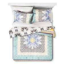 Wild at Heart Feather Print Reversible Comforter Set (King) – Boho Boutique – Products – Living Room King Duvet Cover Sets, King Comforter Sets, King Size Pillow Shams, Queen Duvet, Duvet Sets, Duvet Covers, Kids Comforters, Room Cooler, Boho Boutique