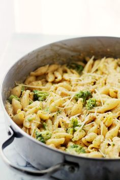 Chicken-Broccoli Shells and Cheese   www.diethood.com   Homemade, lightened-up shells and cheese, tossed with chicken and broccoli florets.   #pasta #chicken #recipes