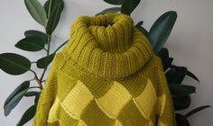 свитер с большим воротником