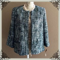 NWT Basket weave Blazer PETITE. W/ zipper AND shoulder pads . Acrylic/polyester. DRY CLEAN Jackets & Coats Blazers