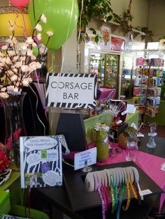 Corsage Bar