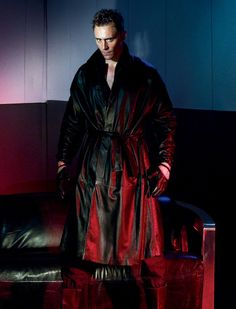 Tom Hiddleston for Interview Magazine. Click for full resolution: http://ww4.sinaimg.cn/large/6e14d388jw1f89kxfuqfej20rs0i741f.jpg Source: http://www.interviewmagazine.com/film/tom-hiddleston#_