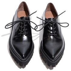 Jeffrey Campbell Seymour Black Oxford Shoes (€130) ❤ liked on Polyvore featuring shoes, oxfords, flats, обувь, wingtip shoes, black platform shoes, black wingtip shoes, flat shoes and platform oxfords