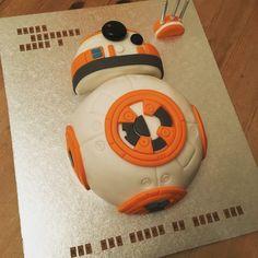 My homemade BB8 Star Wars cake!