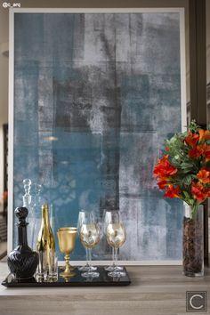 Preto e dourado...extreme elegance! Bandeja Bar, Interior Accessories, Oil Paintings, Vignettes, Design, Style, Black, Interiors, Swag