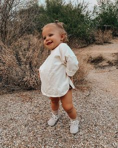 Cute Baby Names, Cute Baby Pictures, Cute Little Baby, Baby Kind, Cute Toddlers, Cute Kids, Cute Babies, Cute Baby Girl Outfits, Cute Baby Clothes