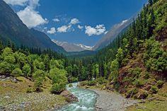 7 Himalayan treks that will take your breath away.