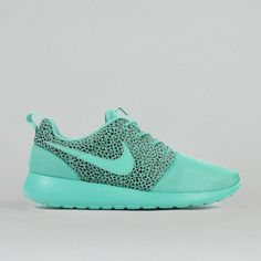 Sneakers is a great product - NIKE is a great product (€90.00) - Svpply