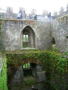 Blarney Castle, County Cork, Ireland, Kissing the Blarney Stone