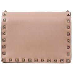 Valentino Garavani Rockstud leather bag ($956) ❤ liked on Polyvore featuring bags, handbags, pink, beige leather purse, studded purse, pink leather handbag, pink purse e leather handbags