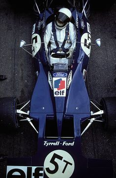 itsawheelthing:  life in the cockpit …Jackie Stewart, ELF Tyrrell-Ford 003, 1971 F1 World Championship