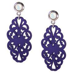 Raffinierter Ohrhänger mit dunkelblauem Ornament und  von Perlotte Schmuck