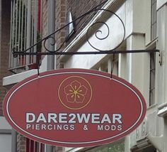 Amsterdam - Buiten Oranjestraat 15 - Dare2 wear - piercings & mods