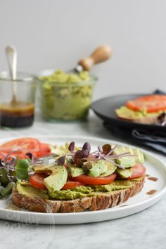 A simple and healthy vegan green hummus and avocado toast recipe, perfect for anyone, anytime! A great way to pack extra nutrition in your…