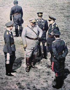 chrislandry:  Hermann Goering w/ Luftwaffe officers