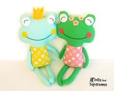 Frog Sewing Pattern PDF  Fairytale Prince by DollsAndDaydreams, $10.00
