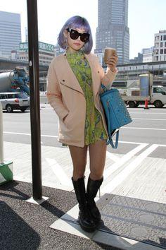 E quem sabia que estava tendo semana de moda lá no oriente??? Pois é, depois da temporada americana e européia, é a vez do Japão!! Sabemos que as asiáticas, principalmente as japonesas, são super a…