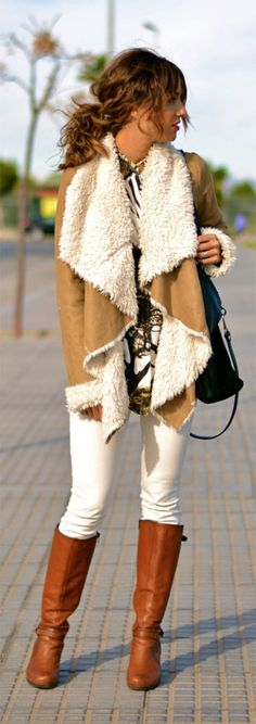 Fix Try shearling in a flowy, waterfall silhouette for a feminine fall feel.Try shearling in a flowy, waterfall silhouette for a feminine fall feel. Fall Winter Outfits, Autumn Winter Fashion, Look 2018, Unique Fashion, Womens Fashion, Mode Chic, Winter Mode, Mode Inspiration, Winter Looks